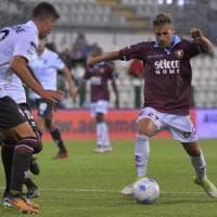 La Salernitana strappa il pari (1-1) sul campo della Pro-Vercelli e salva