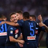 Napoli & Mertens una notte da sogno: quattro gol alla Lazio
