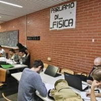 """Napoli, gli studenti bocciano la protesta dei docenti: """"Siamo noi i danneggiati."""