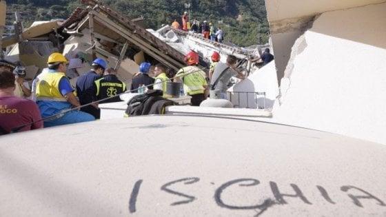 """Terremoto a Ischia, un mese dopo: """"1800 gli sfollati"""""""