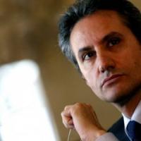 Autonomia anche per la Campania, Caldoro propone il referendum