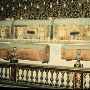 """""""I tumori esistevano anche nel Quattrocento"""": la scoperta di uno studio sulle mummie conservate a Napoli"""