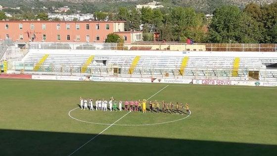 Il Lecce batte una buona Juve Stabia