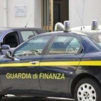 Benevento: La Guardia di Finanza a Palazzo Mosti sede del Comune di Benevento