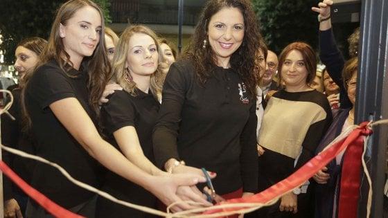 """Il riscatto di Antonella, Raffaela e Maria: """"Il nostro bistrot contro la violenza sulle donne"""""""