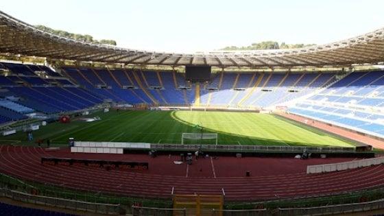 """Roma-Napoli, l'appello del Codacons: """"Vanno perquisiti tutti gli spettatori che entreranno all'Olimpico"""""""