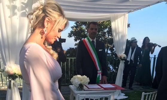 Berlusconi a Ravello è il testimone al matrimonio della sorella di Francesca Pascale