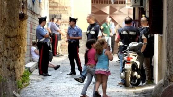 Blitz a Secondigliano: perquisizioni e arresti