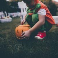 Avellino, sequestrati travestimenti per Halloween pericolosi