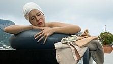 Smontata la scultura di Carole Feuerman
