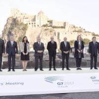 Il G7-Day: i ministri dell'Interno a Ischia. Corteo degli antagonisti: