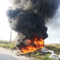 Arrestata donna nigeriana. Bruciava scarti di scarpe nelle campagne di Villa Literno