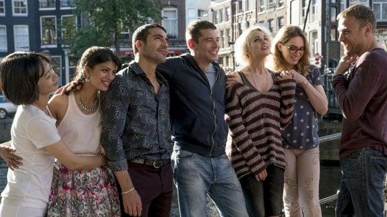 """""""Sense8"""", la serie Netflix, arriva a Napoli: dieci giorni di riprese. Piazza Carlo III off-limits: diventerà un set"""