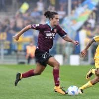 Salernitana fermata sul pari (1-1) dal Frosinone in dieci