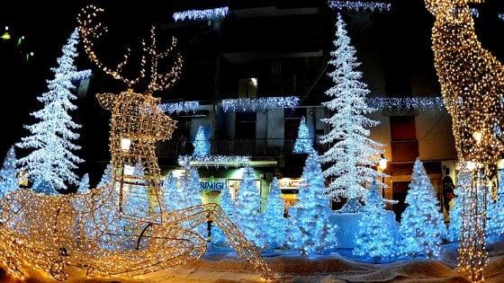 Salerno, si accendono le luci d'artista