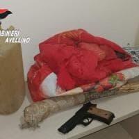 Tenta di violentarla e minaccia di darle fuoco, arrestato 64enne in Irpinia