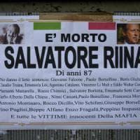 Riina, a Ercolano manifesti con le foto di Falcone e Borsellino: