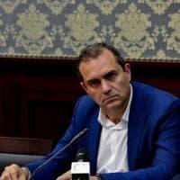 Il sindaco de Magistris firma l'ordinanza sulla Movida: durerà sei mesi