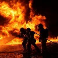 Azienda in fiamme, pasticceri si autotassano per solidarietà