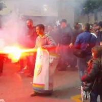 Rifiuti, protesta nel Salernitano: scontri con le forze dell'ordine