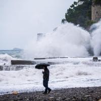 Mare in tempesta a Positano: quando Poseidone dà spettacolo