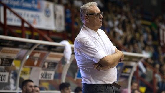 Basket: Cuore Napoli, esonerato coach Ponticiello: squadra a Trojano e Russo