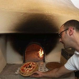 """Pizza Unesco, le reazioni dei pizzaiuoli: """"Così i nostri giovani non saranno costretti a espatriare"""""""