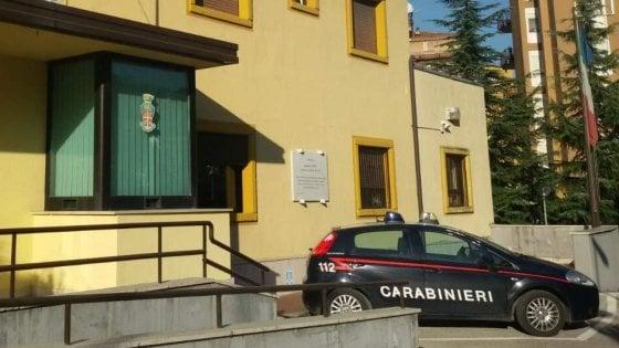 Costringe l'ex a un rapporto sessuale, arrestato stalker in Irpinia