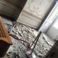 Reggia Caserta, crolla parte di un soffitto nella