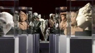 """Muti: """"L'immagine di Napoli è falsata:  la criminalità oscura la cultura"""""""
