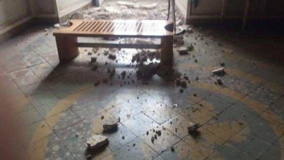 Reggia di Caserta: la Procura invia  i vigili fuoco per le verifiche dopo il crollo di parte di un solaio