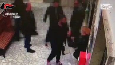 Pestaggio nella Circum di Pompei, presi  gli aggressori: ci sono anche due minori  /Vd