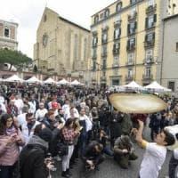 Napoli, regalate 5mila pizze in piazza del Gesù