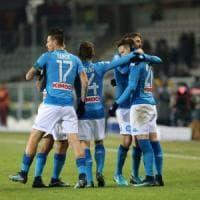 Napoli, missione compiuta: 3-1 al Torino e primo posto in classifica