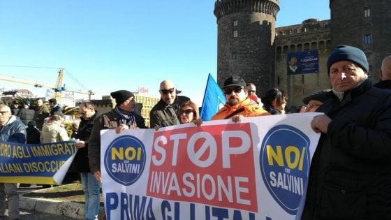 """Migranti, firmato a Napoli il protocollo sulla """"nuova accoglienza"""": sperimentazione a Pompei e Caserta. Protesta della Lega"""