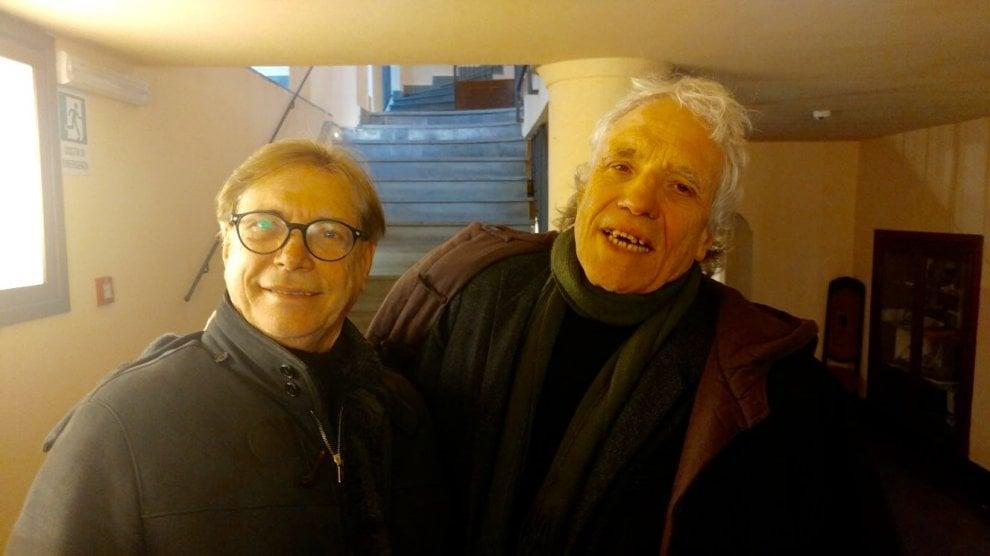 "Abel Ferrara e Nino D'Angelo insieme in una ""Giulietta e Romeo"" a Forcella"