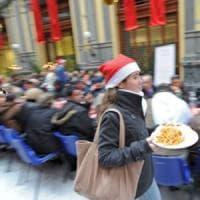 Natale: a Napoli in centinaia al pranzo della solidarietà alla Mostra d'Oltremare