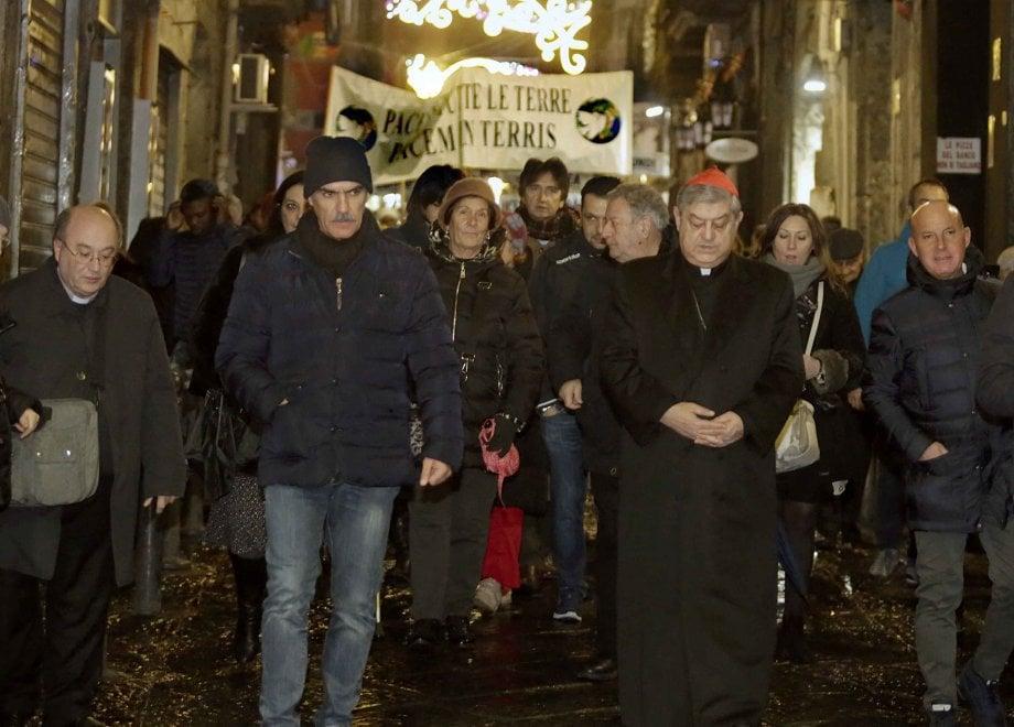 Centro storico, marcia della pace con il cardinale Sepe