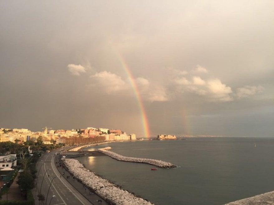 Napoli, il primo arcobaleno del 2018