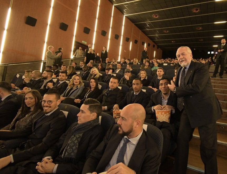 Il Napoli al The Space Maxi-Cinema all'anteprima del film di Verdone: Mertens in prima fila con Kat, assente Sarri