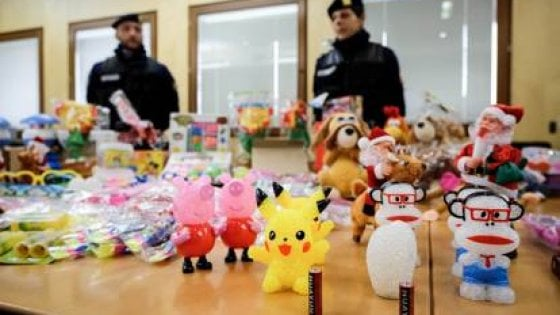 Giocattoli 'cinesi' sequestrati nell'Avellinese