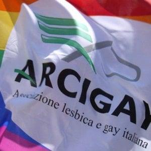 """Arcigay Napoli: """"Un nostro associato 'bullizzato' in ospedale"""""""