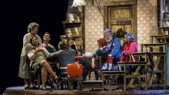 A teatro con Repubblica: sconti all'Augusteo e all'Elicantropo