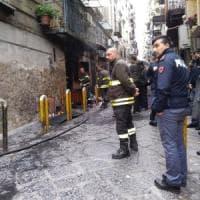 Napoli, a fuoco una casa nel Rione Sanità: morta una donna