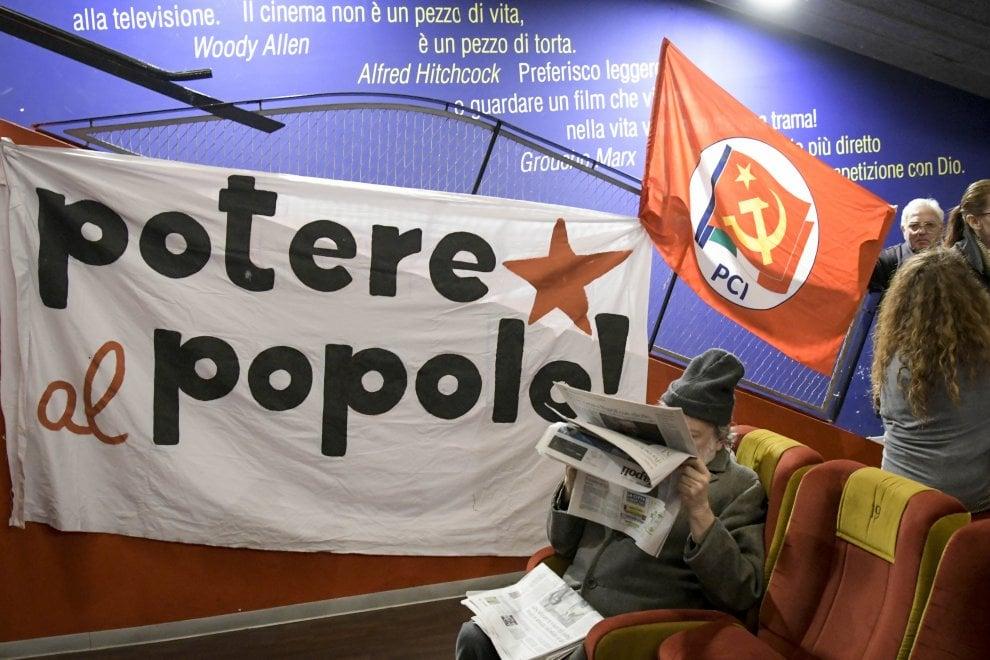 """Potere al popolo"", folla a Modernissimo"