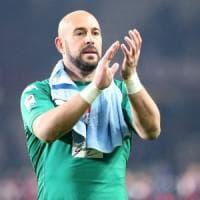 Napoli, Benitez vorrebbe Reina al Newcastle, ma l'addio dello spagnolo è