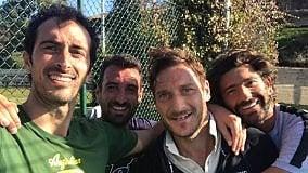 """Potito Starace gioca con Totti:  """"Daje capitano"""""""