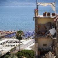 Crollo a Torre Annunziata: divieto di dimora per l'architetto