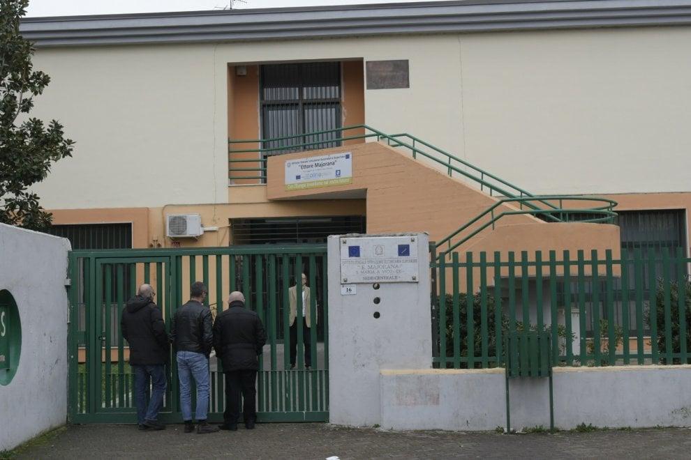 Sfregia la prof per un cattivo voto, shock in una scuola del Casertano