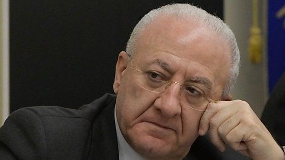 Le domande che il presidente De Luca non vuole